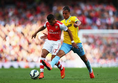 arsenal crystal palace marouane chamakh photos photos arsenal v crystal palace