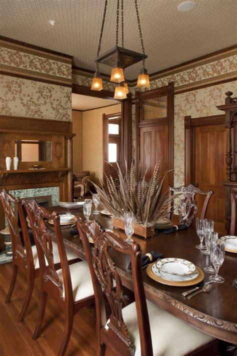 love  nod  victorian   dining room quail