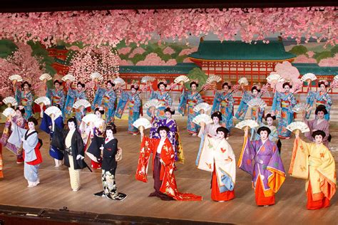 gion odori dancing programme kyoto seasonable
