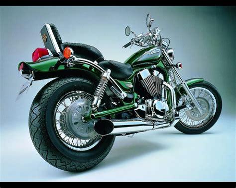 Harley Suzuki Motor Bikes Photo Screensaver