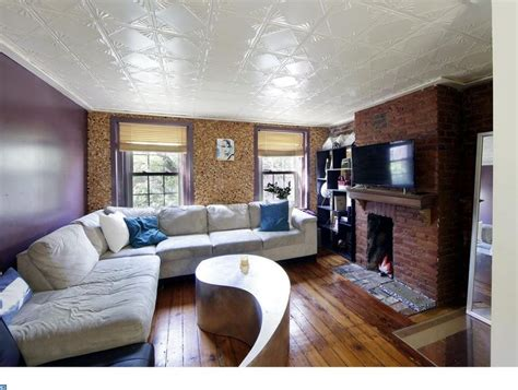what to do with second living room trinity tuesday two pack in northern liberties for 400k