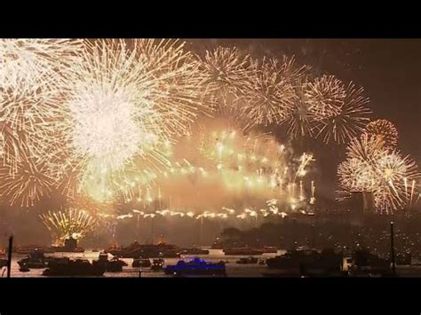 new year events sydney 2015 stunning sydney opens new year 2015 celebrations with