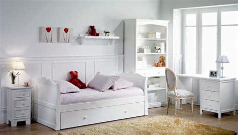 mesita de noche infantil blanca casas con encanto dormitorio juvenil con cama nido de tipo barco decoraci 243 n