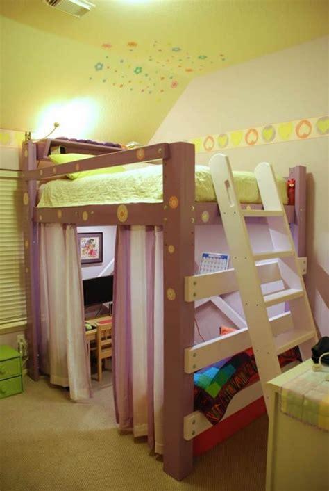 hochbett mit vorhang jugendzimmer mit hochbett 90 raumideen f 252 r teenagers