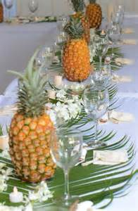 pineapple decor because im addicted