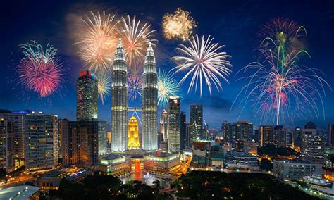 new year sales kuala lumpur top 7 malaysian bank brands show strong growth in asean