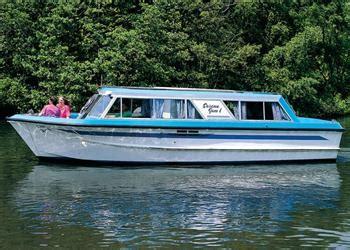 boat yard car park boating holidays richardsons cruisers norwich