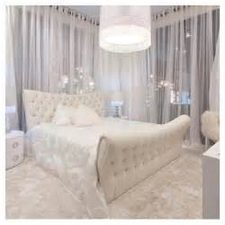 bedroom home decor