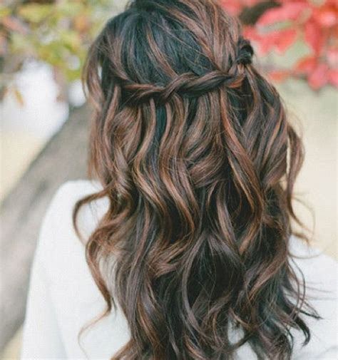 highlights and lowlights for brunettes highlights and lowlights ideas for brunettes short