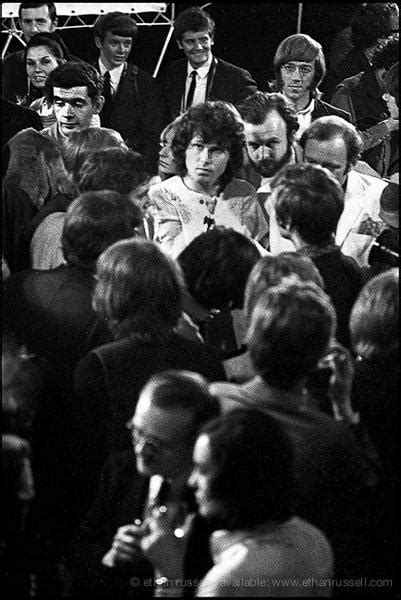 Jim Morrison at London Press Conference 1968 (III) – Ethan