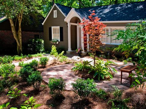 landscape design ranch house diy front yard landscaping ideas for small modern ranch house design with various
