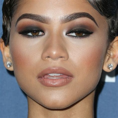 makeup tutorial zendaya zendaya s makeup photos products steal her style