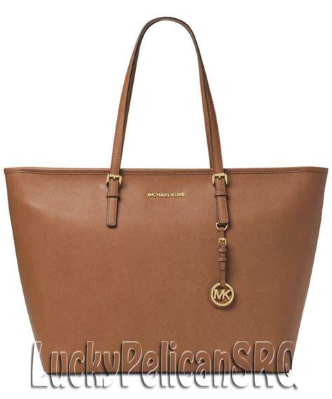 Q 2637 Michael Kors Set 1000 images about michael kors handbags on jet set designer sale and travel tote bags