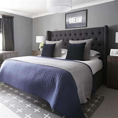 Grey Bedroom With Navy Accents 25 Best Ideas About Grey Bedrooms On