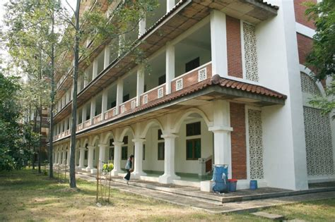 desain gedung kembar indonesia satu institut agama islam alzaytun indonesia