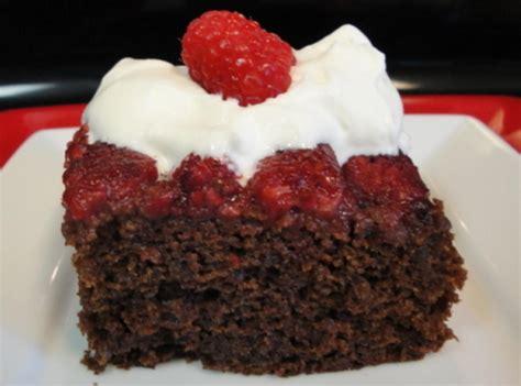 chocolate raspberry recipes spicy chocolate raspberry upside down cake with raspberry