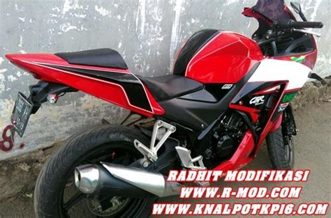 Fender Fiber K45 With Sein Led Honda Cbr 150 K45 Fender Kolong Mur honda cbr 150 lokal k45 187 187 radhit modifikasi