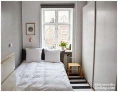 ideas para decorar un salon muy pequeño m 225 s de 1000 ideas sobre dormitorios peque 241 os en pinterest