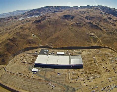 Gigafactory Tesla Photos Preparations For Tesla S Gigafactory Event Are