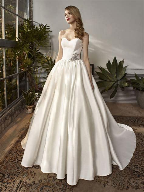beautifull dress bt18 01 enzoani
