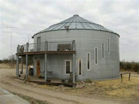home made out of grain silo greythorne