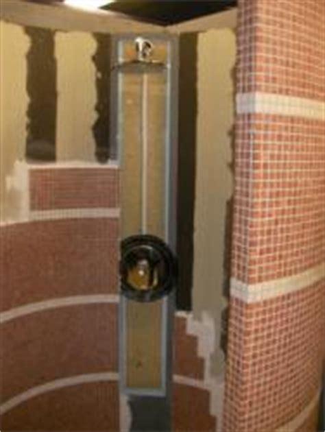 wohnungen würzburg privat dusche verkleiden mit kleinen mosaikfliesen