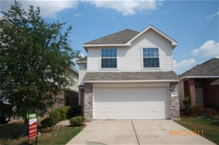 house for sale 77083 7247 calcutta spring dr houston texas 77083 foreclosed home information