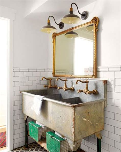 Decorating Ideas For Vintage Bathrooms Vintage Decorations For Bathrooms Bathroom