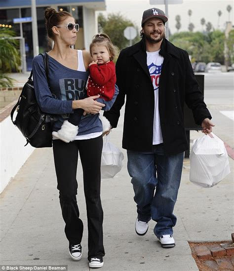 Kevin Federline I Could Never Take Back by Ex Carries Bags Of Take Away After Lunch