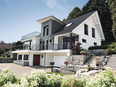 einfamilienhaus satteldach einfamilienhaus mit hanglage architektenhaus