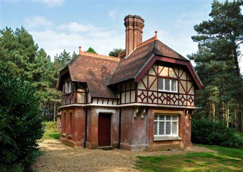 cottages bedfordshire keeper s cottage bedfordshire discover britain