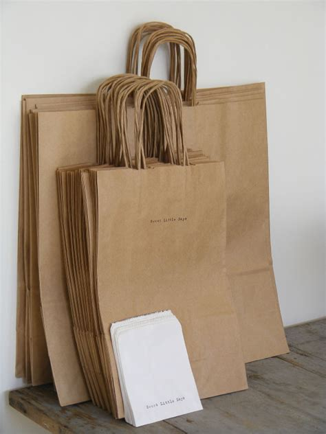 Tas Kertas Paperbag Paper Bag Souvenir Goodie Bag Polos simple packaging idea i m a fan of the brown bag package i tie a colorful ribbon around