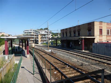 stazione di prima porta stazione di prima porta apertura in vista radio colonna