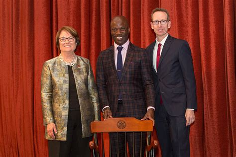 Usc Mba Program Financial Aid by Professor Calls On Usc To Improve Racial Inclusion And