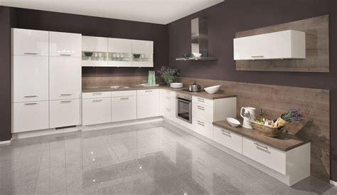 wohnung küche deko grau weiss violett wohnung