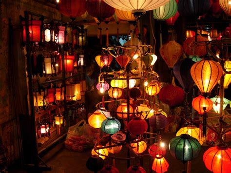 fiaccole volanti lanterne