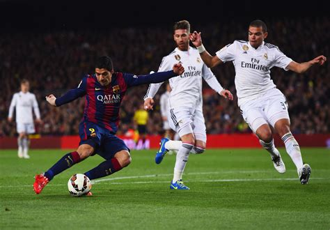 detiksport real madrid vs barcelona fc barcelona v real madrid cf la liga zimbio