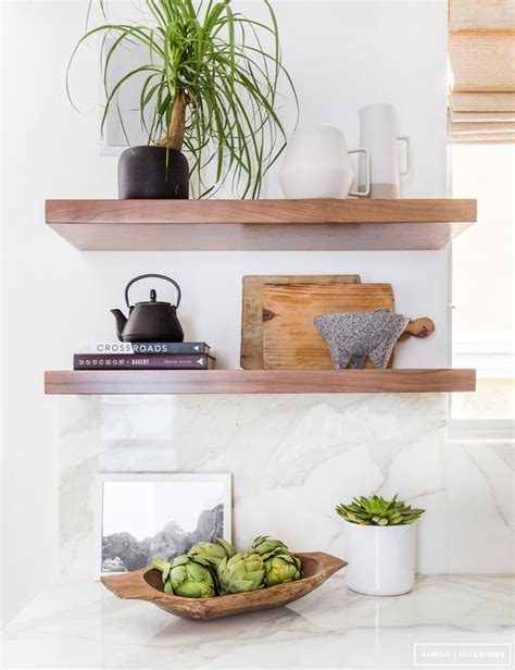 kitchen shelves decorating ideas 25 best ideas about kitchen shelf decor on pinterest