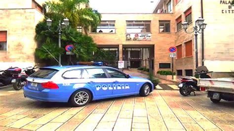 polizia postale sedi alla faccia dell emergenza a brindisi chiudono la polizia