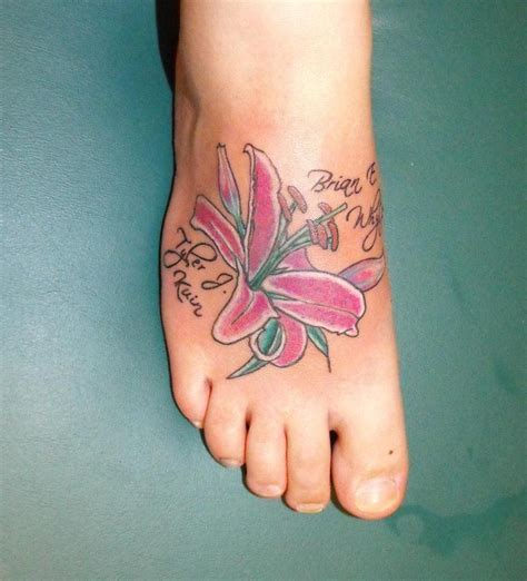 name tattoos on feet designs more stunning foot designs for foot