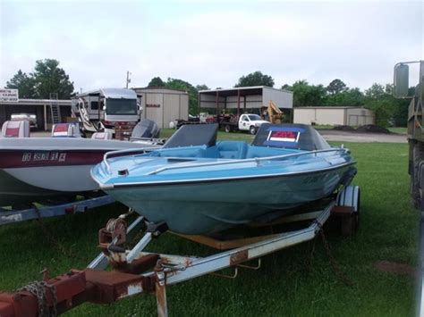 glastron boats texas 1978 glastron cvz18 powerboat for sale in texas