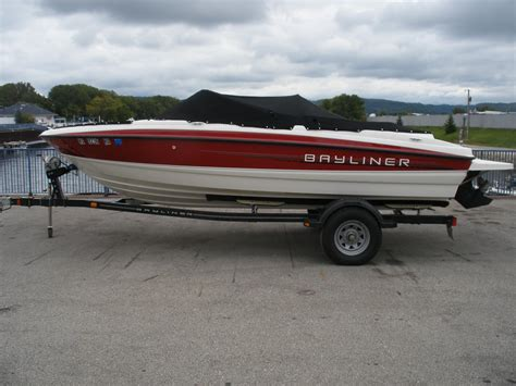 bayliner bowrider boats bayliner 195 bowrider boats for sale boats