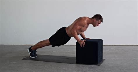 pushup vs bench press incline vs decline push ups what s the difference
