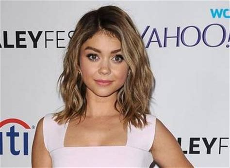 85 lob hairstyles celebrity inspired lob haircuts page 1 of 5 news video sarah hyland debuts lob haircut at paleyfest
