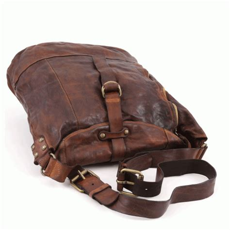 Buy Cowhide Leather Buy Comaggi Lavata Shoulder Bag In Cowhide Leather