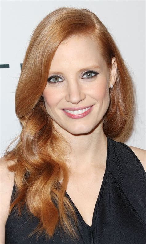 red hair color for women in their thirties best haircuts for women over 30