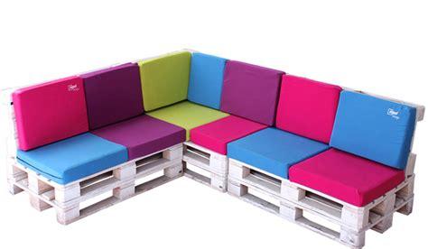 agradable  muebles de pales #1: rinconera-900x600.jpg