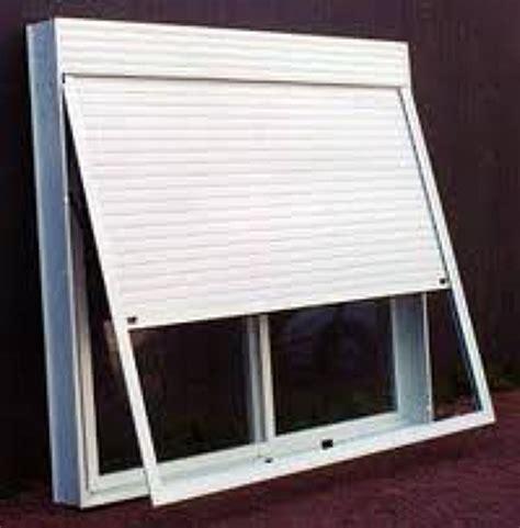 persianas externas foto janela persiana integrada de persianas externas