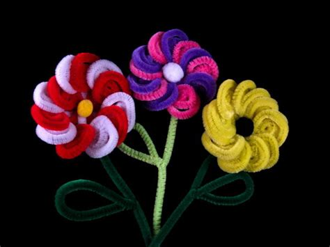 Kids Fall Craft - 80 cool pipe cleaner crafts hative