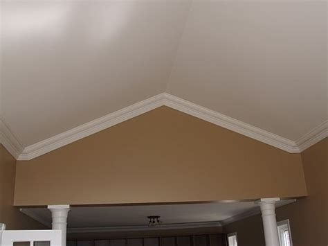 Moulding For Ceiling by 46 Best Images About Crown Molding On Vaulted Ceiling On Grey Walls Vaulted